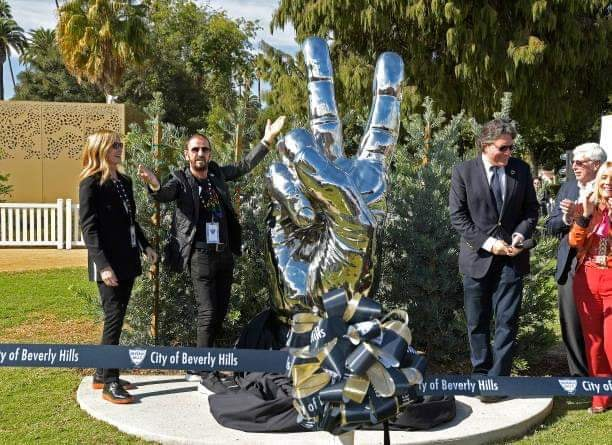 Bildresultat för Ringo Starr and the new sculpture 2019